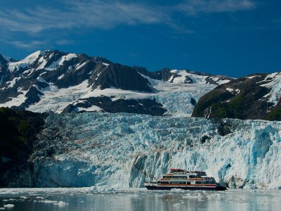 26 Glacier Cruise by Phillips Cruises & Tours, LLC