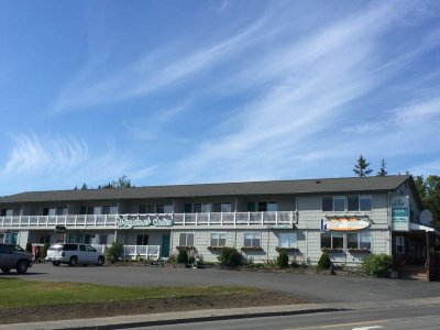 Alaska Windjammer Suites Motel